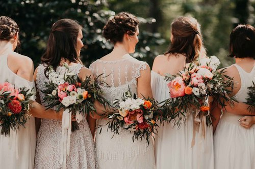 stems & styles bridesmaids2