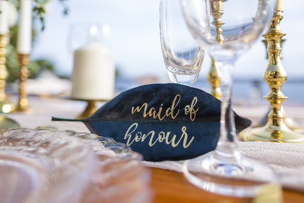 maid of honor place setting